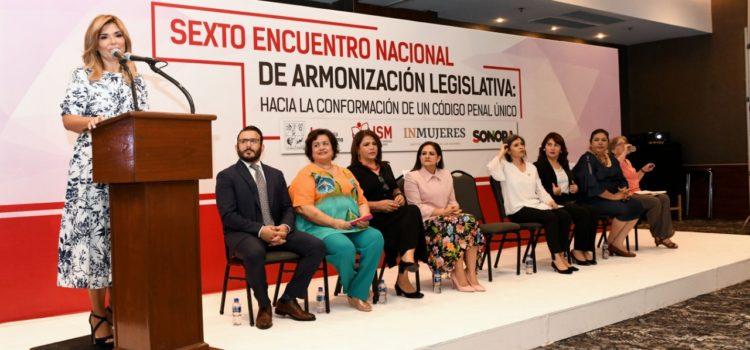 Propone Gobernadora armonizar esfuerzos para que mujeres vivan libre de violencia