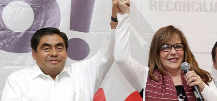 Luis Miguel Barbosa de Morena aventaja en las elecciones en Puebla, según conteo rápido