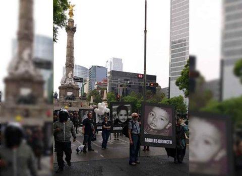 Marchan al Zócalo papás de víctimas de Guardería ABC