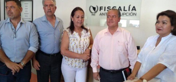 Regidores de Navojoa presentan pruebas en denuncia contra alcaldesa