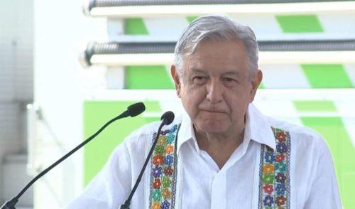 López Obrador se queja porque aún no hay estudio ambiental para Santa Lucía