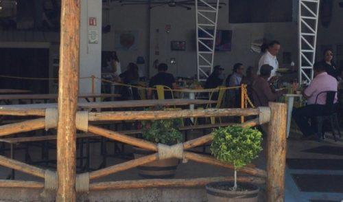 Bajan ventas de pescado en Guaymas por derrame en Mar de Cortés