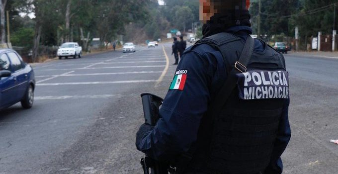 Confirman al menos dos vehículos implicados en el abandono de cuerpos en Michoacán