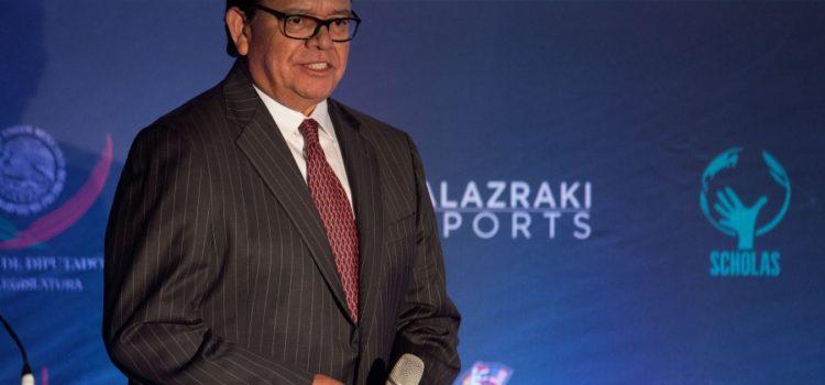 Nombran a Fernando Valenzuela comisionado de la LMB