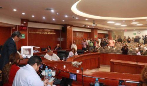 Diputados salientes dejan sin promulgar 'Ley Bonilla'