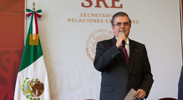 Ebrard confirma siete mexicanos muertos en balacera de Texas